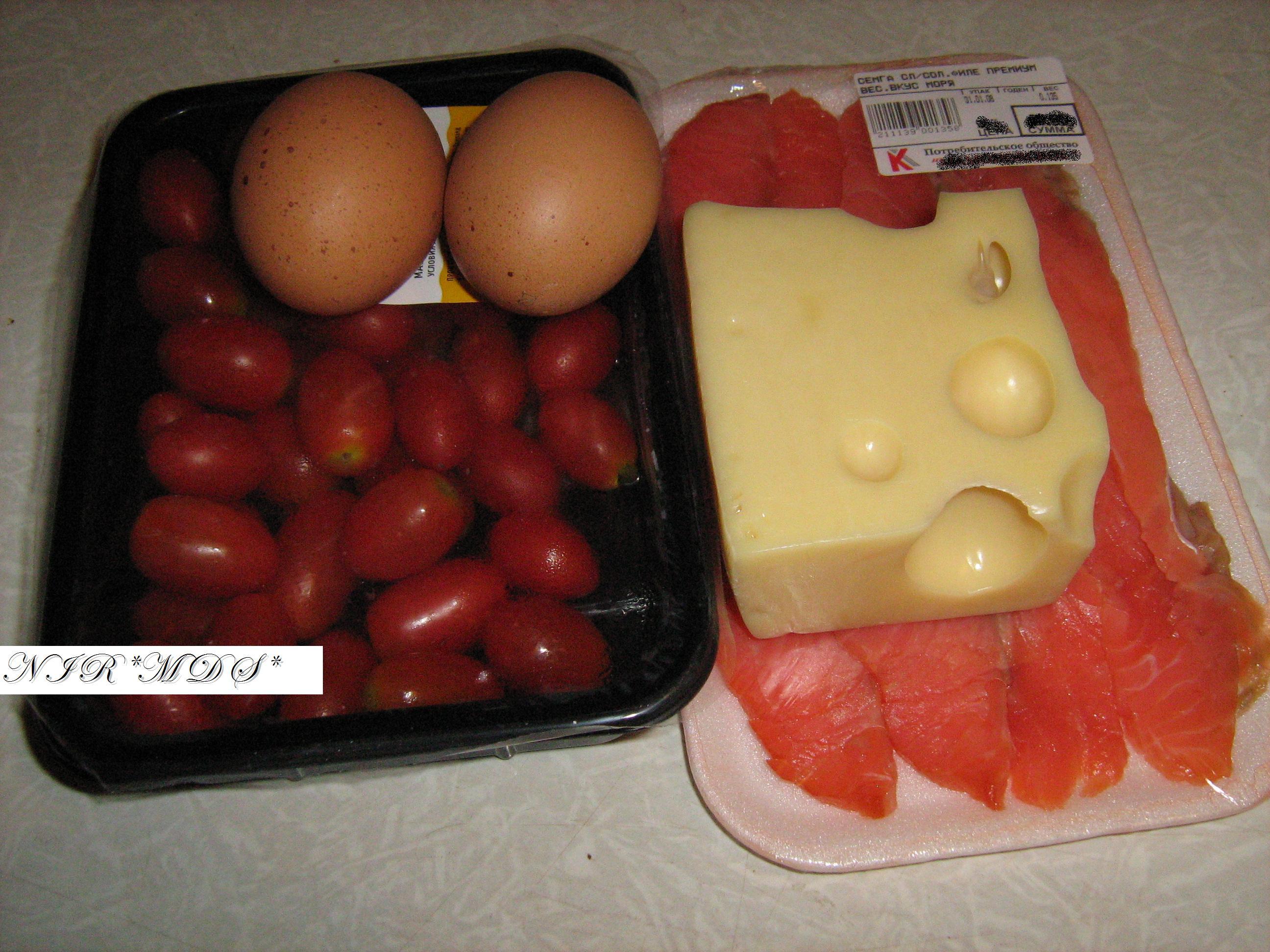 Сёмга в яйцах.: фото шаг 1