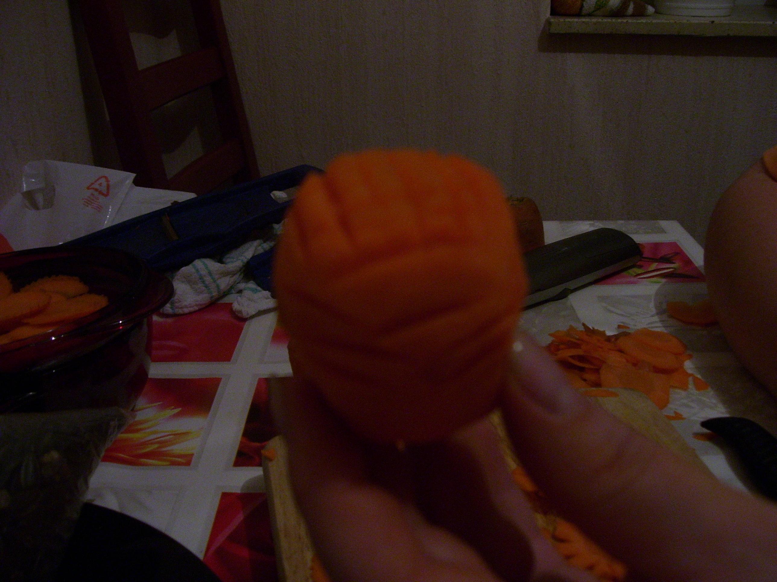 Цветок из моркови: фото шаг 1